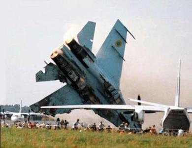 russian-mig-crash-at-air-show1