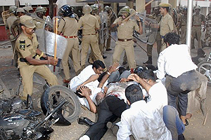 India Lawyers Clash